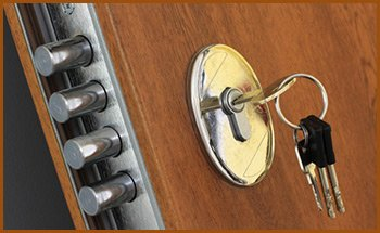 Interstate Locksmith Shop Santa Monica, CA 310-975-3526